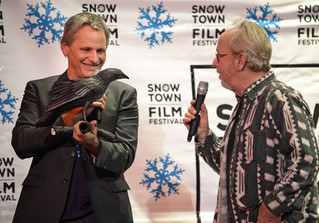Sold-out crowd welcomes Viggo Mortensen to hometown film fest