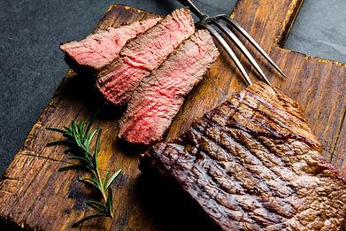 Sliced grilled medium rare beef steak se
