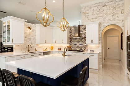 A beautiful kitchen after a home remodeling project, something that a professional home remodeling contract in Camarillo such as Eagle Pride Construction can help you achieve for your home.