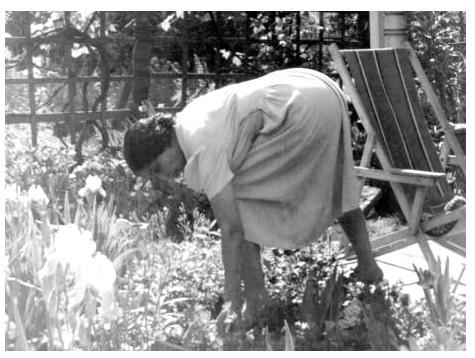 Anne Spencer gardening