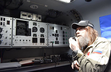 Fedor Konyukhov with autopilot in capsul