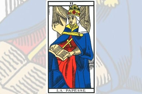 Carta do Tarot - A Sacerdotisa