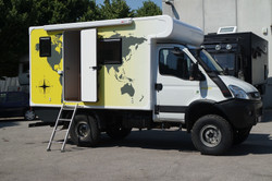 Expedition Iveco 35s18w 02