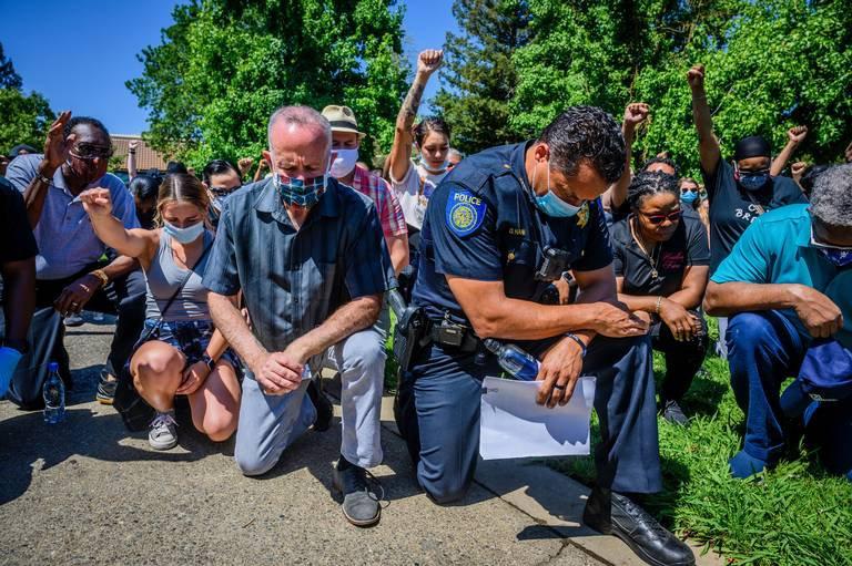 PEACEFUL PROTEST - GEORGE FLOYD - SACRAM