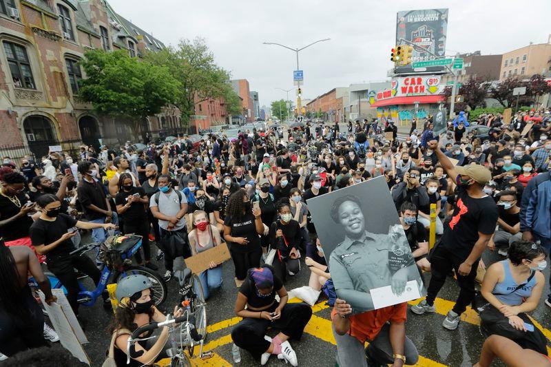 PEACEFUL PROTEST - GEORGE FLOYD - BREONN