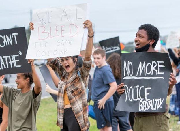 PEACEFUL PROTEST - GEORGE FLOYD - NAVARR