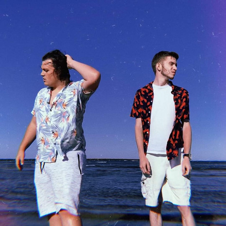 """Vermont Band Two Towns Releases Feel-Good Single """"Should've Been Me"""""""