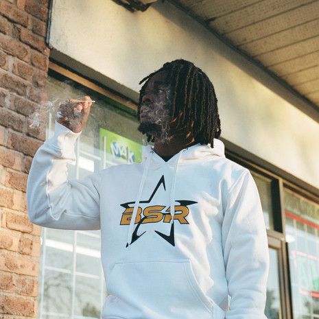 """Get to Know Toronto's Next Trap-Hop Sensation Munna Cash on his Latest Music Video """"Taxi"""""""