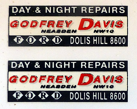 GEOFREY DAVIS REAR ADVERT
