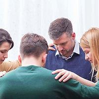 blog_praying_people_1540_0_edited.jpg