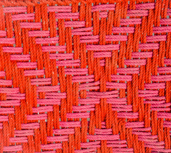 Tressage charpoy rose et orange