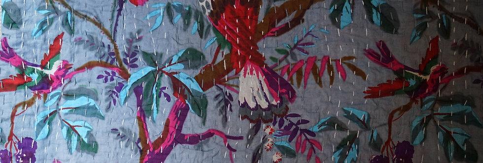 Bedspreads/Heal's fabrics/Jamini coussins/tissus/plaid Paris/London/Figeac/Cahors/oiseaux/printemps/shop/cushions/déco