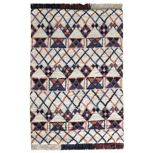 tapis/berbere/gris/meuble/pas cher/monde sauvage/caravane/collection/mobilier/salon/canapé/vintage/cosy/design/déco/intérieur