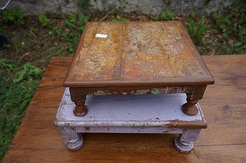 Tablette basse ou petite table n°13