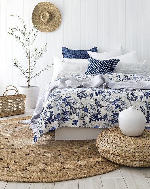 Couvre lit (bedcover) motif oiseaux (façon toile de Jouy)