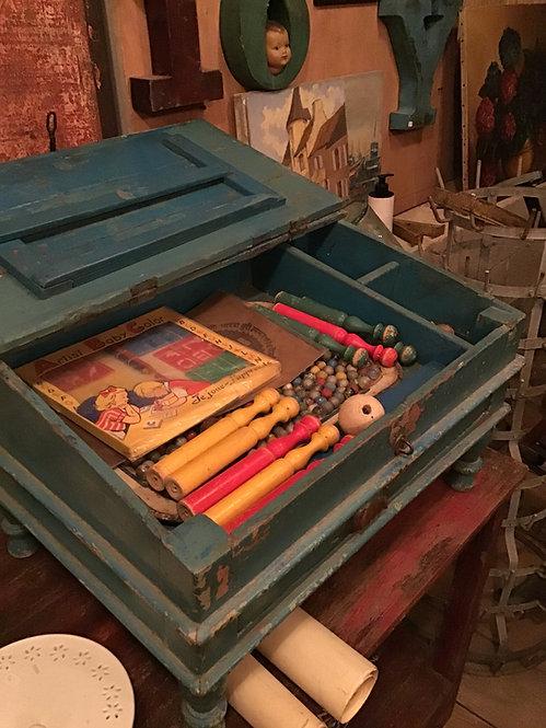 meubles Figeac/meubles Cahors/mobilier pour chambre d'hotes/meubles indiens/écritoire indien/pupitre bois