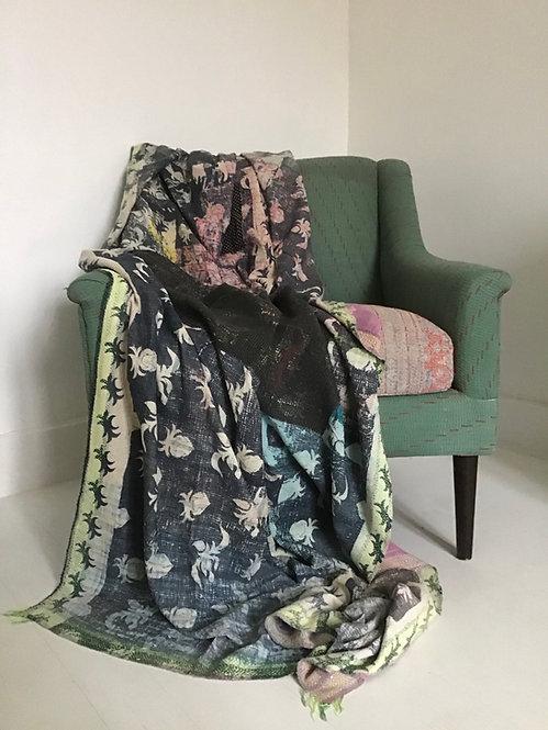 Tissu indien/indian quilt/plaid ancien/tissu vintage/plaid vintage/tissu Inde/couvre lit indien/bouti/indian bed throw/inde