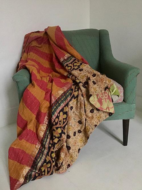 plaid vintage/tissu indien ancien/tissus figeac/tissu au metre figeac/indian fabrics/indian quilt/courtepointe indienne/tissu