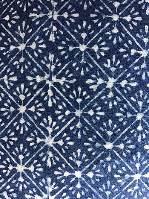 Housse de coussin blanc et bleu/motifs flocons/tissu batik h