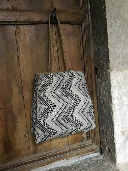 cabas boheme chic/cabas tissu ethnic/cabas tissu inde/cabas boho/cabas tissu noir et blanc graph/sac bobo/sac boheme chic/sac