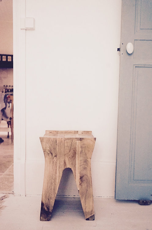 tabouret bois massif/meuble indien Paris/meubles indus Lyon/meuble indien Bordeaux/mobilier indien Limoges/meubles Figeac/Lot