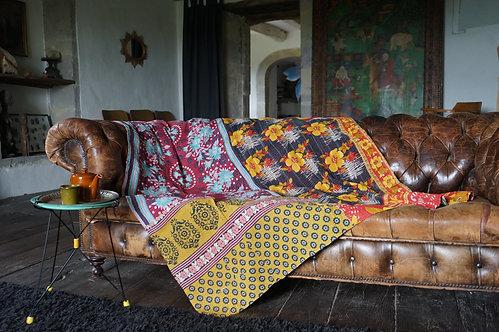 Plaid vintage bohème chic couvre lit caravane collection Paris la maison générale