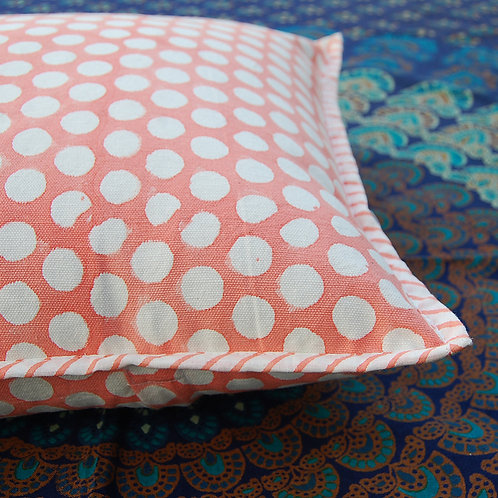 coussin pois oranger Square Canvas Sofa/Bed Cushion Covers Pillow la maison générale boutique Merci Paris linge de maison