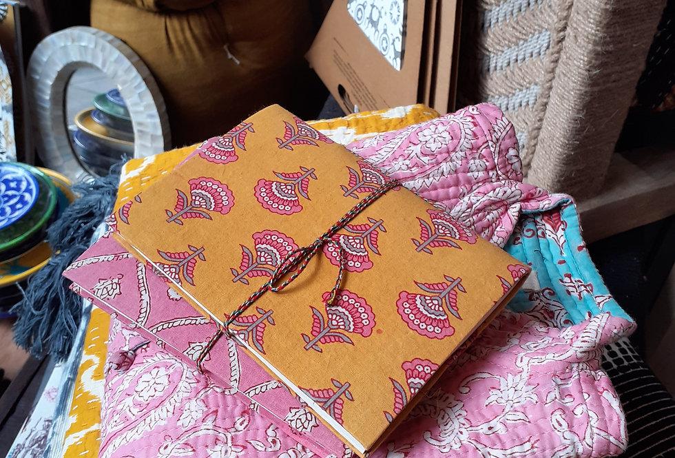 Lot 2  carnets tissu/papier recyclé/motif indien