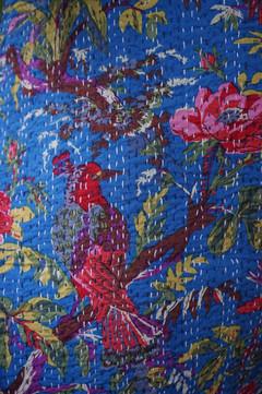Couvre lit bleu motifs oiseaux