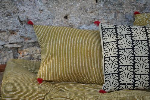 coussin batik jaune/coussin batik/coussin handblock/coussin tissu indien/meuble indien/charpoy/lit indien/matelas charpoy