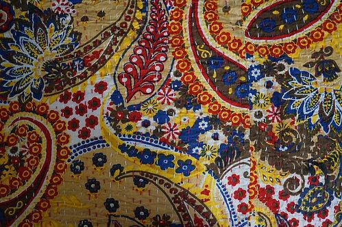 couvre lit couleurs/couvre lit fleurs jaune/bed cover yellow/Cahors/tissu fleurs/printemps/shop/cushions/déco