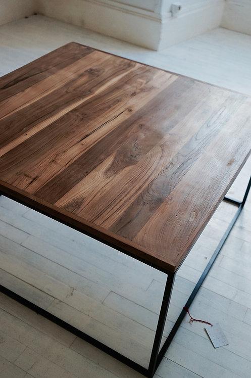 table basse bois et metal/meubles indus//meuble industriel Paris/meubles bois et metal Lot/design bois metal