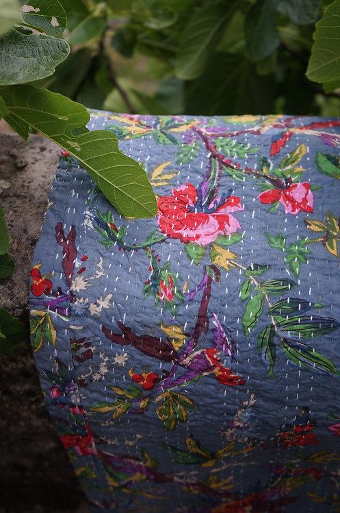 couvre lit fleurs gris/courtepointe/bouti gris/bouti oiseaux/couvre lit indien/orange quilt bed cover/orange bedcover/tissus