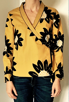 Top Caravancafe/chemisier croisé/top kimono/motif floral sur fond jaune