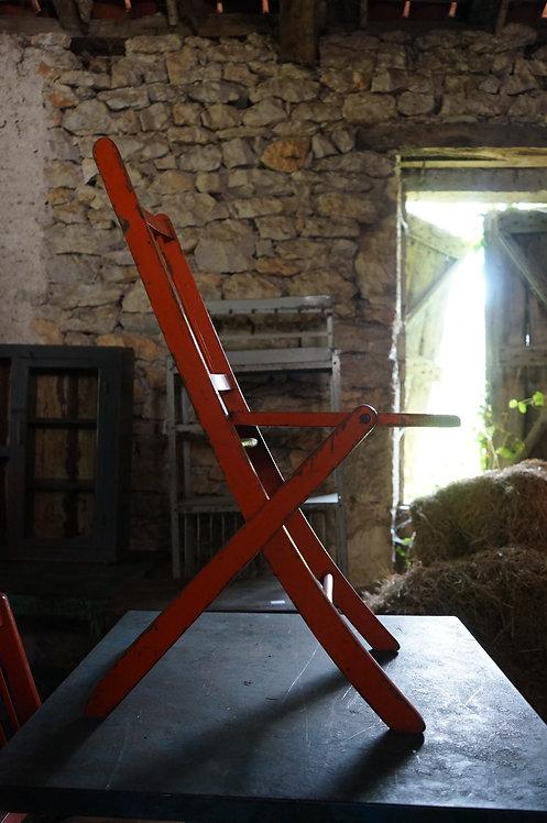 brocante Figeac/meubles Figeac/meuble indus Figeac/meubles métier/chaises/Paris/sentou meubles/puces/clignancourt/Cahors/Lot