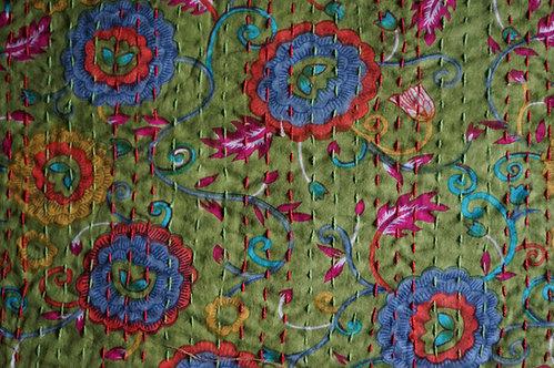 Plaid/vintage/bobochic/couvre lit/caravane/sensitive/Paris/Jamini/tissus/linge/shibori/plaid/bedcover/bedspread/Figeac