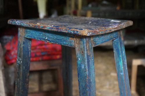 brocante Figeac/meubles bois inde/industriel/Inde/stele/trépied couleur/socle sculpture/socle atelier/meubles Figeac/Toulouse