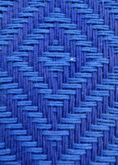 Tressage charpoy bleu indigo
