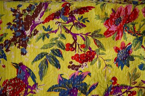 couvre lit jaune clair/courtepointe/bouti jaune/bouti oiseaux/couvre lit indien/orange quilt bed cover/orange bedcover/tissus