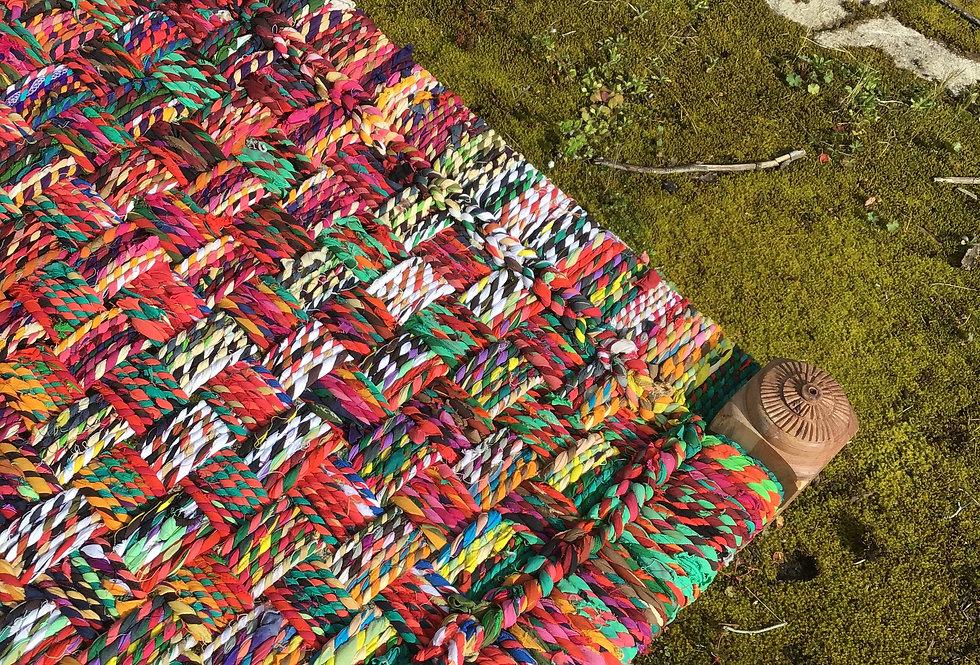 Charpoy 180 x 75 cm, multicolore, pieds tournés avec motif ethnique