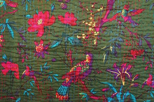 couvre lit indien/couvre lit oiseaux/tissus indiens/couvre lit piqué main/courtepointe/hand made fabrics/Indian fabrics/quilt