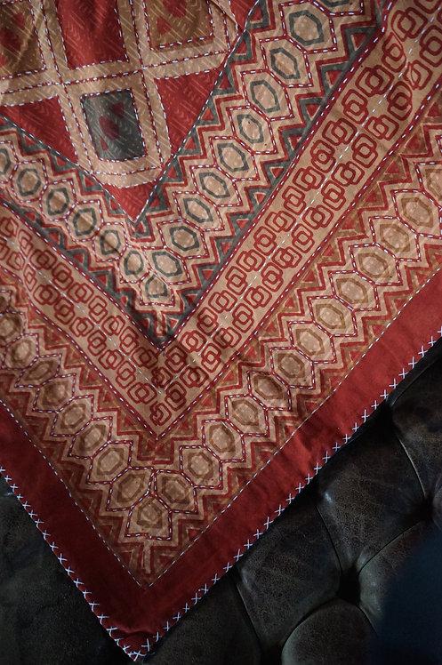 Plaid/vintage/bohème chic/couvre lit/caravane/collection/Paris/floating/tissus/linge/collection/plaid/house/bedspread/Figeac/