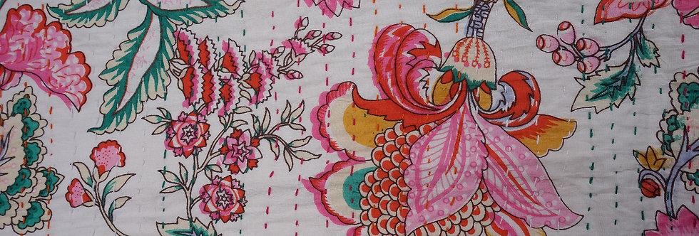 bouti fleurs/couvre lit fleurs bleu/couvre lit oiseaux et fleurs/tissus Cahors/tissus figeac/quilted bedcover/Lot