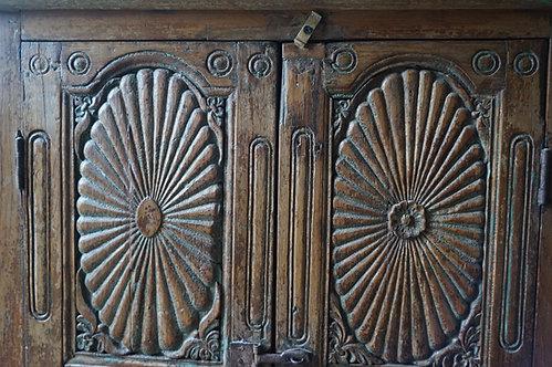 brocante/Figeac/meubles/bois/indus/industriel/Inde/métier/armoire/vitrine/Paris/sentou/chatou/noire/clignancourt/Cahors/Lot