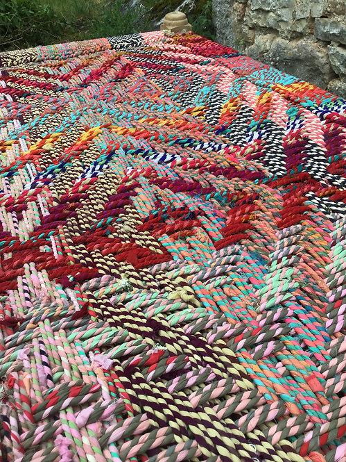 Grand charpoy 190x90 multicolore pieds tournés /lit indien tressé