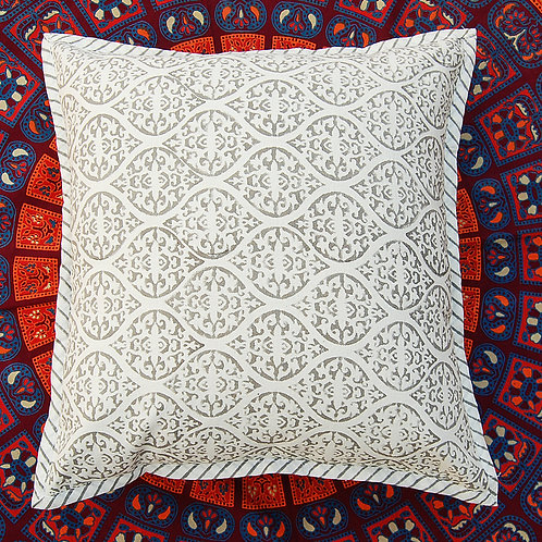 coussin blanc et gris Square Canvas Sofa/Bed Cushion Covers Pillow la maison générale boutique Merci Paris linge de maison