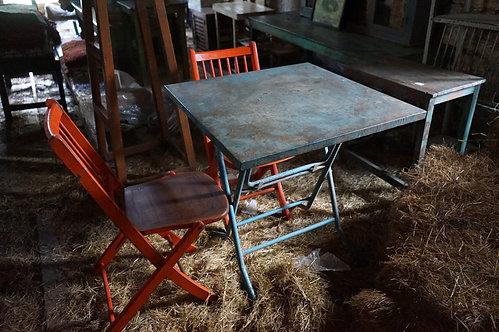 brocante-Figeac/meubles-bois/indus/industriel/meuble-métier/chaises/Paris/sentou/chatou/puces/clignancourt/Cahors/Lot