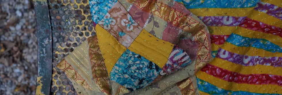Plaid/vintage/bohème chic/couvre lit/ethnic chic/tissu sensitive et fils/tissus/linge/maison/plaid/bedcover/bedspread/cahors/