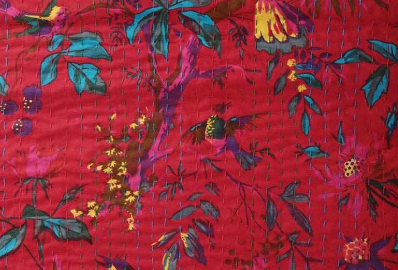 couvre lit,/plaid/tissu/hand made/caravane/collection/déco/oiseaux/birds/bedcover/plaid/linge/maison/figeac/aix/lyon/bordeaux