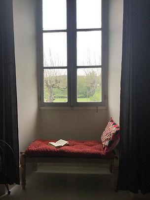 Charpoy banquette, pour créer un  coin lecture sous une fenêtre ou dans une alcove